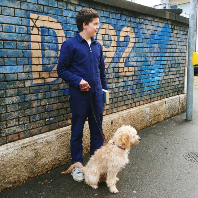 Just arrived in #basel 💙 #aboutcolchik #colchikboilersuit #colchikindigo #boilersuit #combinaison #boywithstylev#casualwithstyle #slowfashion #forkidsandadults #teenswithstyle #workwearstyle