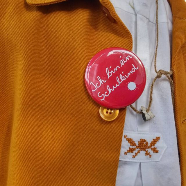 Back to school ☺ #rustcolor #workwearforkids #ethicalfashion #sustainablefashion #colchikjacket #colchikshirt #handembroidery #einschulung #slowfashion #aboutcolchik