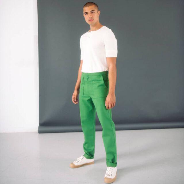 Just green 💚 the perfect spring color  #aboutcolchik  #colchikgrass  #colchiktrousers  #slowfashion  #ethicalfashion  #slowdesign  #manfashion  #fashionformen  #lessismore  #simplicity