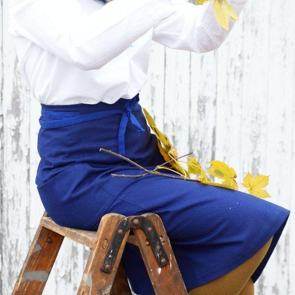 I'm so happy autumn is coming 🍂 #aboutcolchik #workwear #vintageworkwear #indigowear #workwearforwomen #indigolovers #lovedetails #slowfashion #buyoneplantone #colchikskirt #colchikindigo