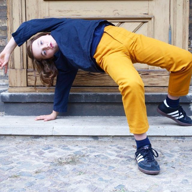 Just ready for hollydays 💛 Felix wears our Colchik trousers in rust color - made for movement, made for life ✨ #aboutcolchik #colchiktrousers #rustcolor #rust #autumncolor #boysfashion #teensfashion #slowfashion #buyoneplantone #kidsdesign #workwear #forkidsandadults #colchikrust