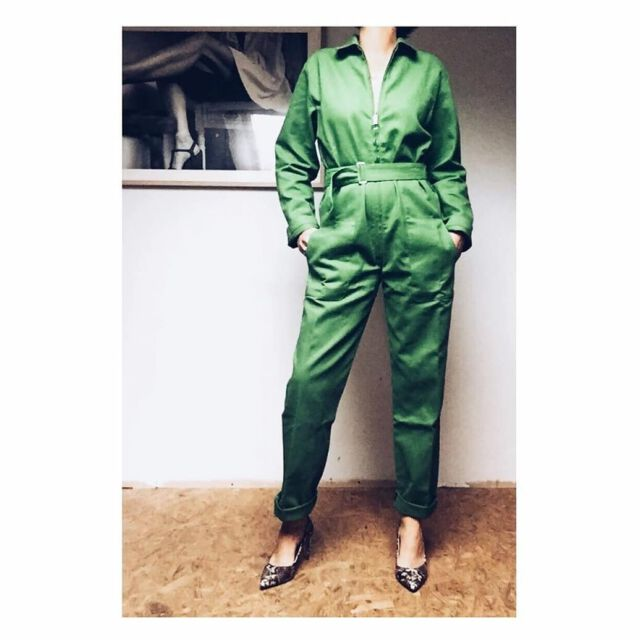 Our #colchikboilersuit by @estelle_zesthetic 💚💚💚 You are just perfect 🙌  #colchikgrass  #overall  #boilersuit  #aboutcolchik  #combi  #combinaison  #green  #workwearforwomen  #slowfashion  #unisex  #womanwithstyle  #ethicalfashion  #sustainablefashion  #buylesschoosewell  #buyoneplantone  #wearecolchik